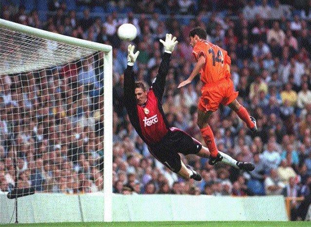 03.10.1999: Real Madrid 2 - 3 Valencia CF