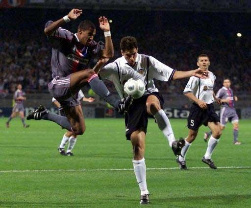17.10.2000: Olymp. Lyon 1 - 2 Valencia CF