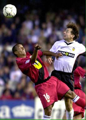 04.11.2001: Valencia CF 2 - 1 Rayo Vallecano