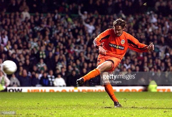 06.12.2001: Celtic Glasgow 1 - 0 Valencia CF