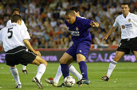 24.05.2003: Valencia CF 1 - 2 Real Madrid