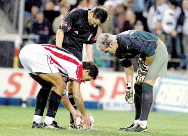 07.12.2003: Valencia CF 2 - 1 Athletic Club