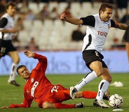 26.02.2004: Valencia CF 3 - 2 Besiktas JK