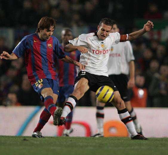 18.12.2004: FC Barcelona 1 - 1 Valencia CF