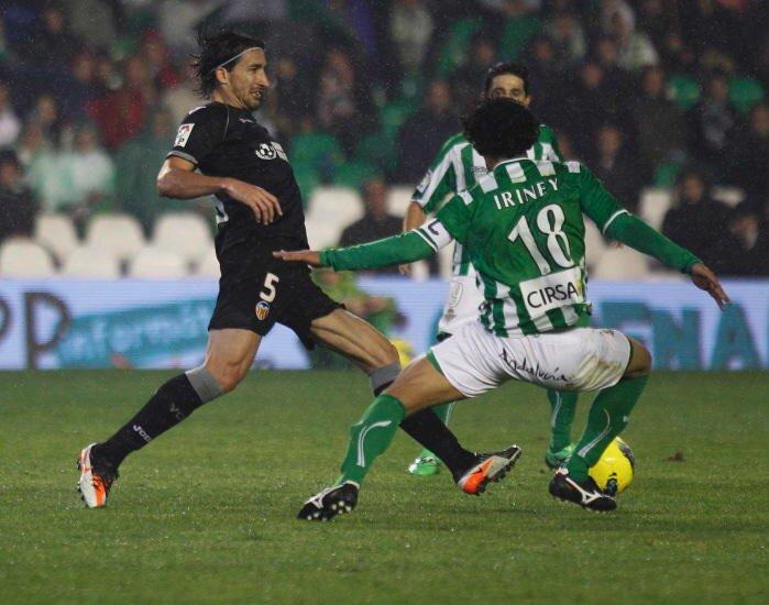 10.12.2011: Real Betis 2 - 1 Valencia CF