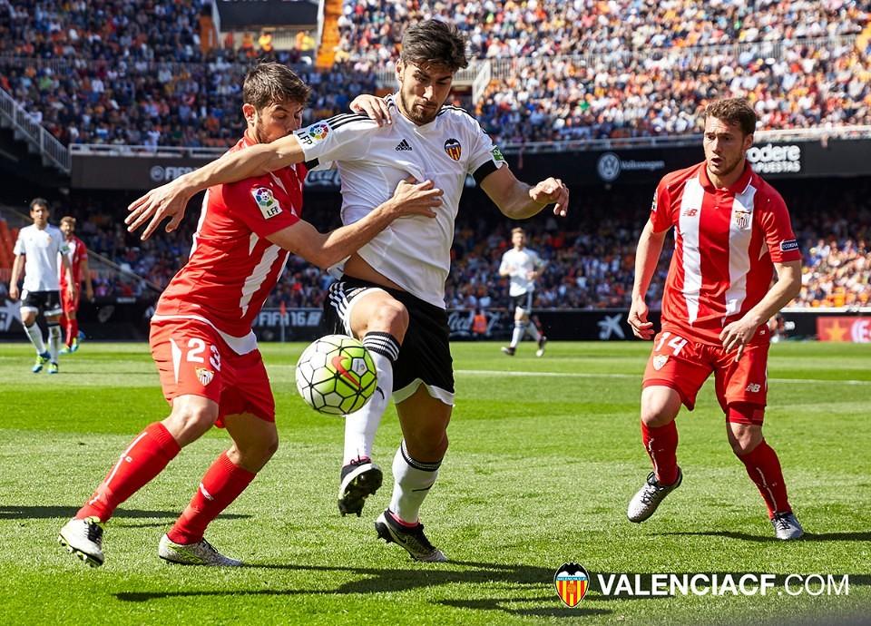 10.04.2016: Valencia CF 2 - 1 Sevilla FC