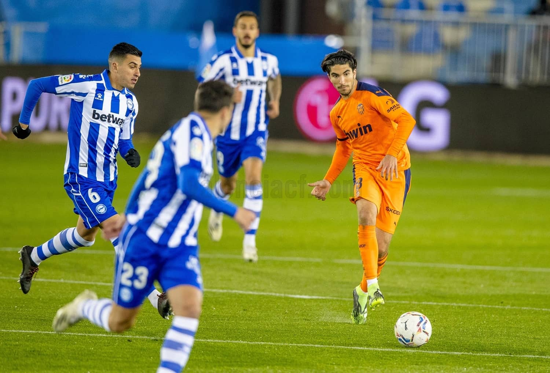 22.11.2020: Dep. Alavés 2 - 2 Valencia CF