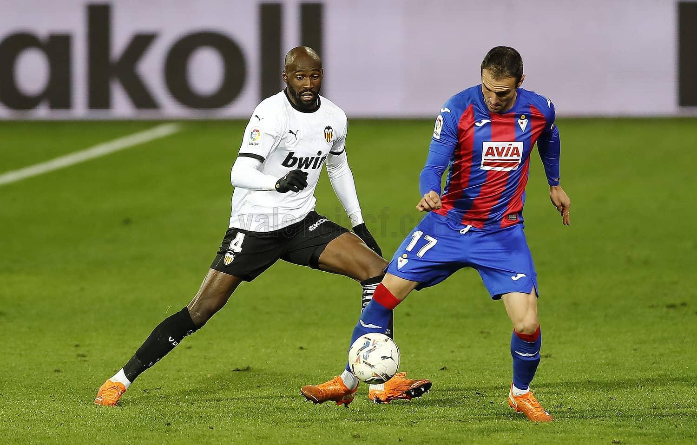 07.12.2020: SD Eibar 0 - 0 Valencia CF